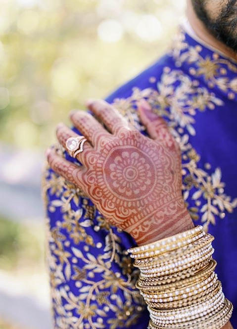 bridal henna for a bhavii bride with indian jewelry